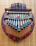椰子の実ピアノ線のカリンバ